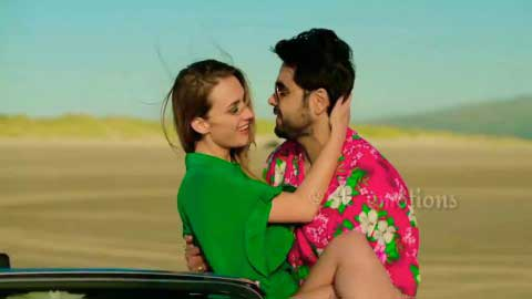 Leja Re Whatsapp Video Song Status Download