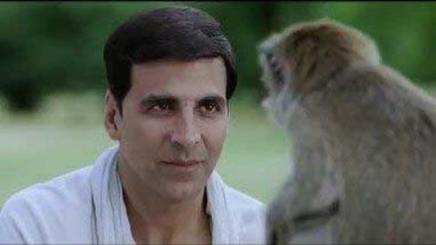 Akshay Kumar Fight With Monkey funny status video hindi download